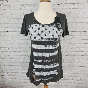 Chaser Distressed Tee Gray Stars & Stripes M NWT